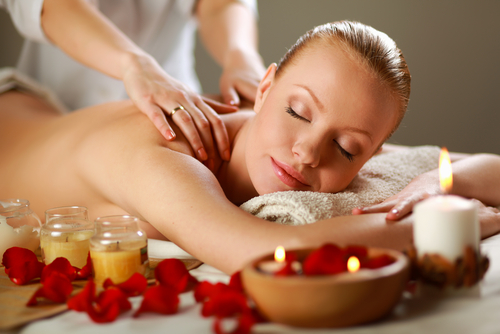 Aromatherapy back massage 30min.